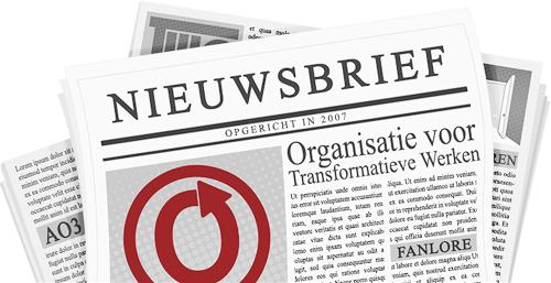 Banner, gemaakt door caitie, van een krant met de naam en logo's van de OTW en haar projecten op de pagina's.